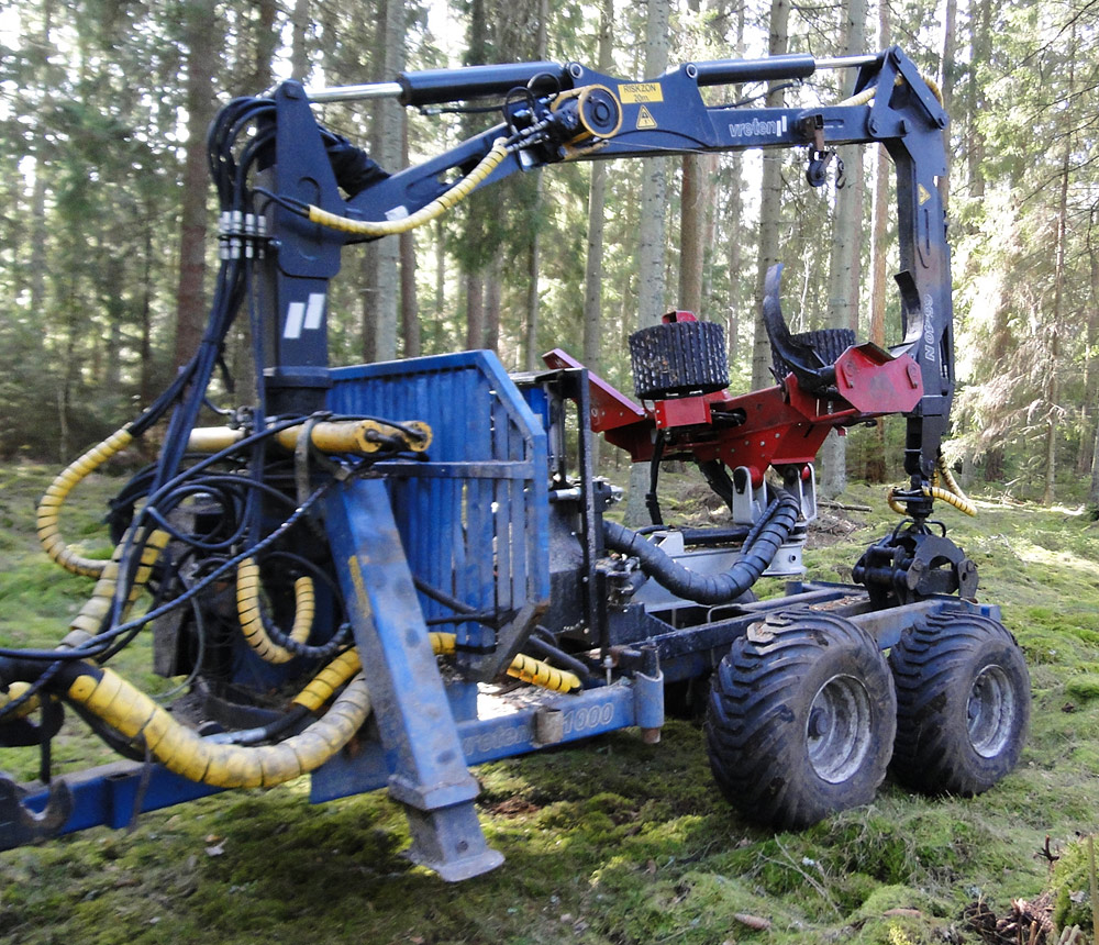 HYPRO 755 VB Tractor processor/Thinning processor