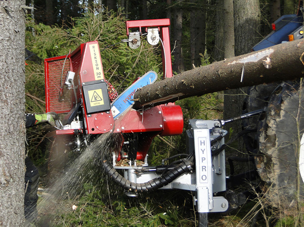 HYPRO 300 Tractor processor/Thinning processor